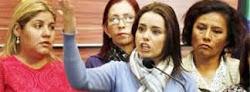Adriana Gil con la intrepidez que le es propia pide a los medios hacerle el hielo a Evo