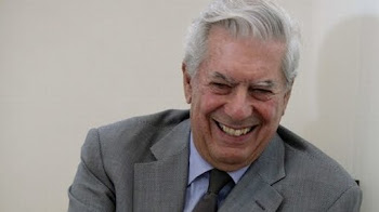 lo recibieron en Lima con muchísimo afecto. el Gobierno de Alan García le entregó medalla de plata