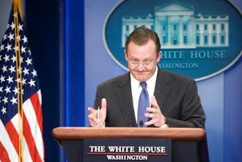 el portavoz de la Casa Blanca ha lamentado el ataque a periodistas y manifestantes