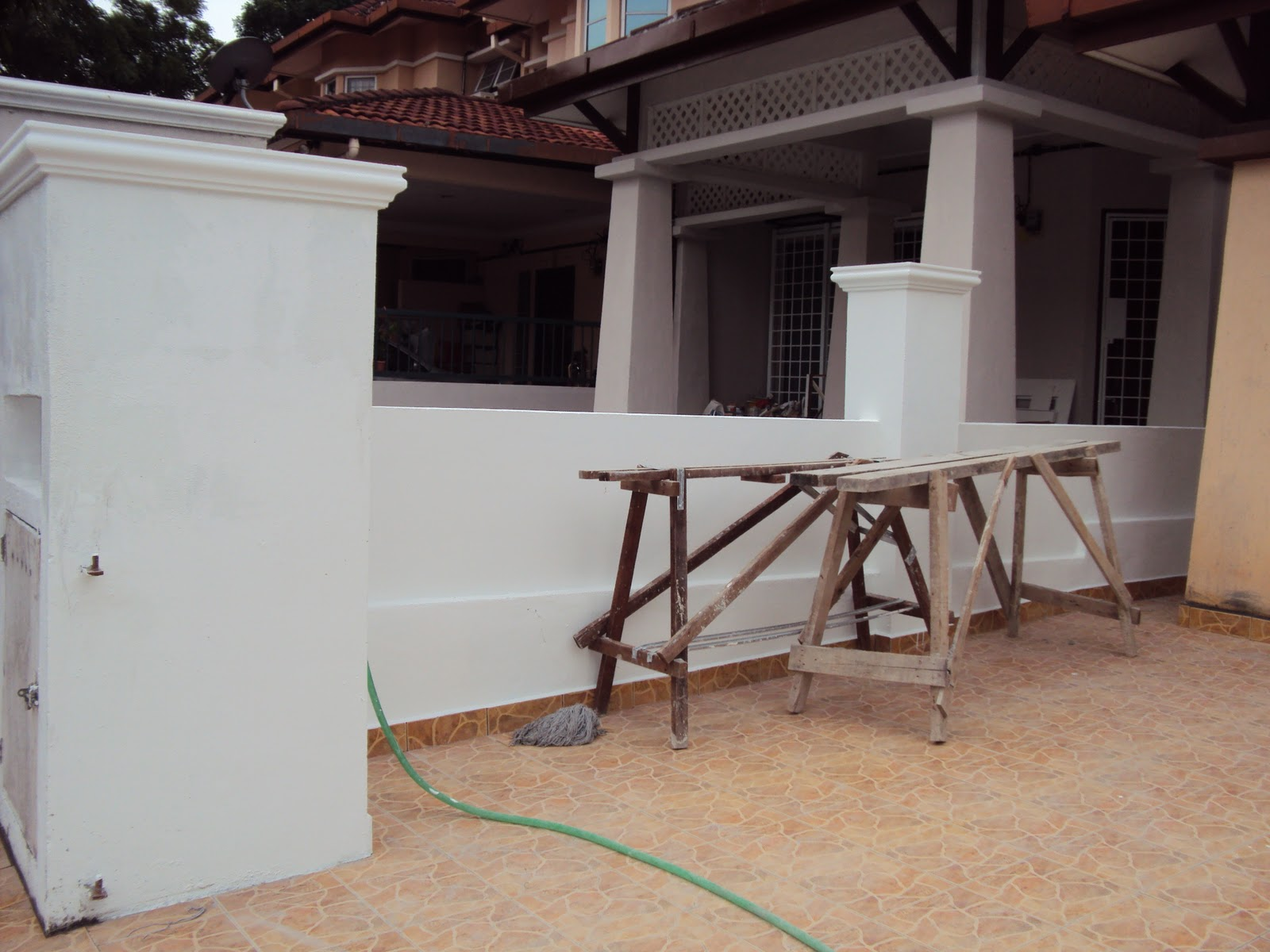 reesha home renovation tembok pagar dan lantai