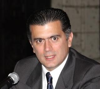 Alonso Lujambio llamó a los mexicanos mezquinos por no querer festejar el bicentenario