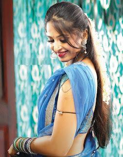 Anushka Steamy Pic from Tollywood Movie Vedam,Anushka Shetty Online