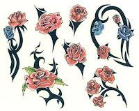 tatouage tribal avec rose - Tatouage Rose Banque D'Images Et Photos Libres De Droits