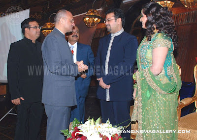CLICK ON IMAGE TO GET MORE EXCLUSIVE STILLS OF THIS EVENT AT WWW