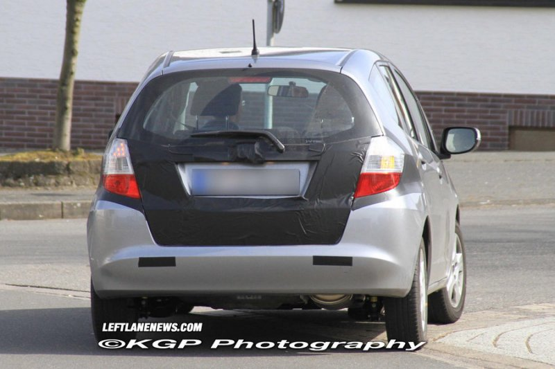 2011 Honda Fit Hybrid spied in
