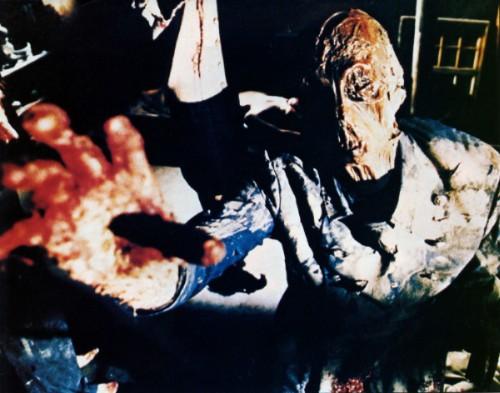 Zombies destacados y terroríficos Aquella%2Bcasa%2Bal%2Blado%2Bdel%2Bcementerio