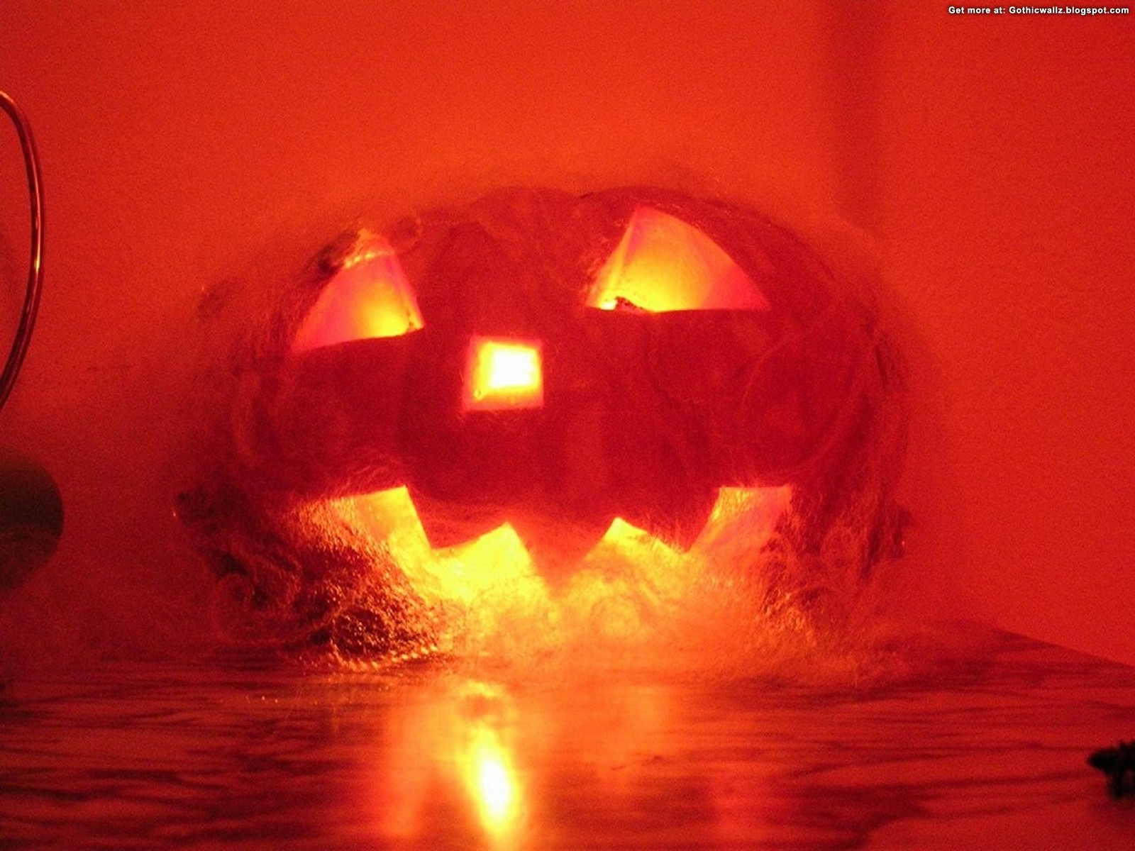 http://4.bp.blogspot.com/_-jo2ZCYhKaY/TM27DyN9pTI/AAAAAAAAIYE/iaORvHujGnY/s1600/hell-pumpkin+(gothicwallz.blogspot.com).jpg