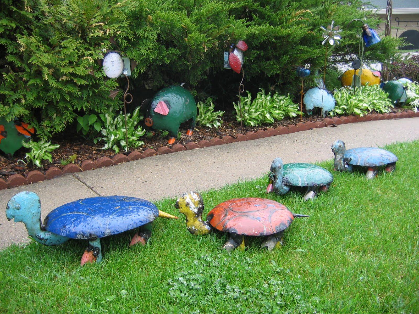 The Gables Garden Decor