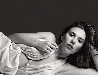 Scarlett Johansson Feels Her Boobs