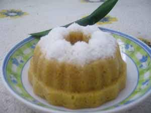 Putu Ayu Gula Merah (Rice Powder Cake with Brown Sugar)