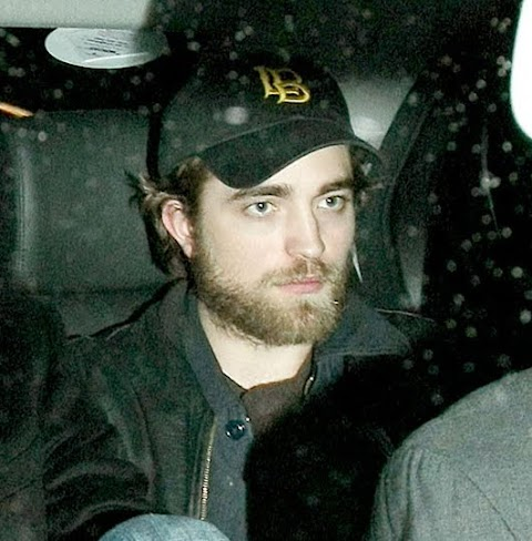 robert pattinson si è fatto crescere la barba