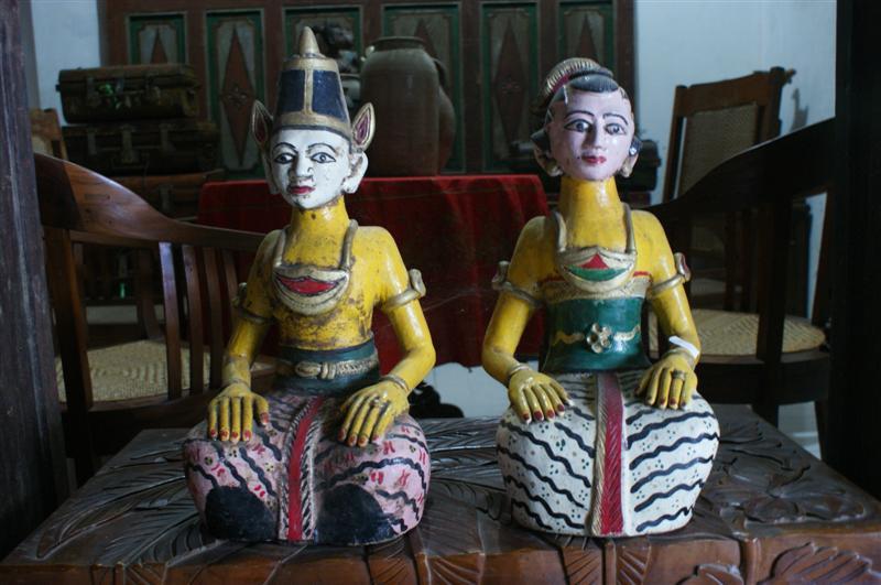 Patung Loro Blonyo