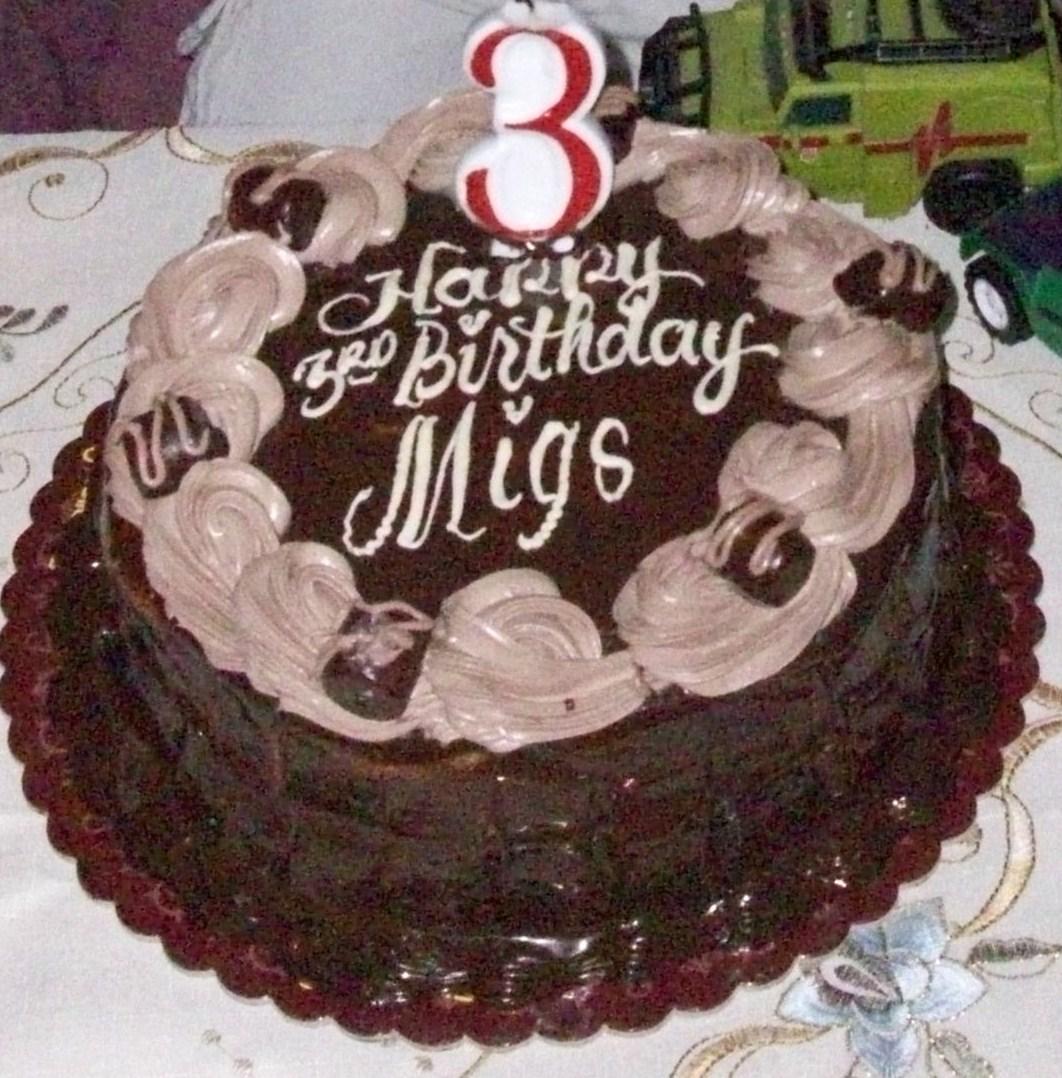 Serendipity Living In The Philippines Goldilocks Birthday Cakes