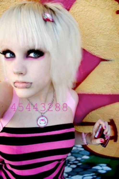 scene hairstyles for girls 2011. Blonde Scene Hairstyles For