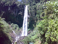 Forest Tourism Grojogan Sewu Karang Anyar Surakarta ( waterfall )