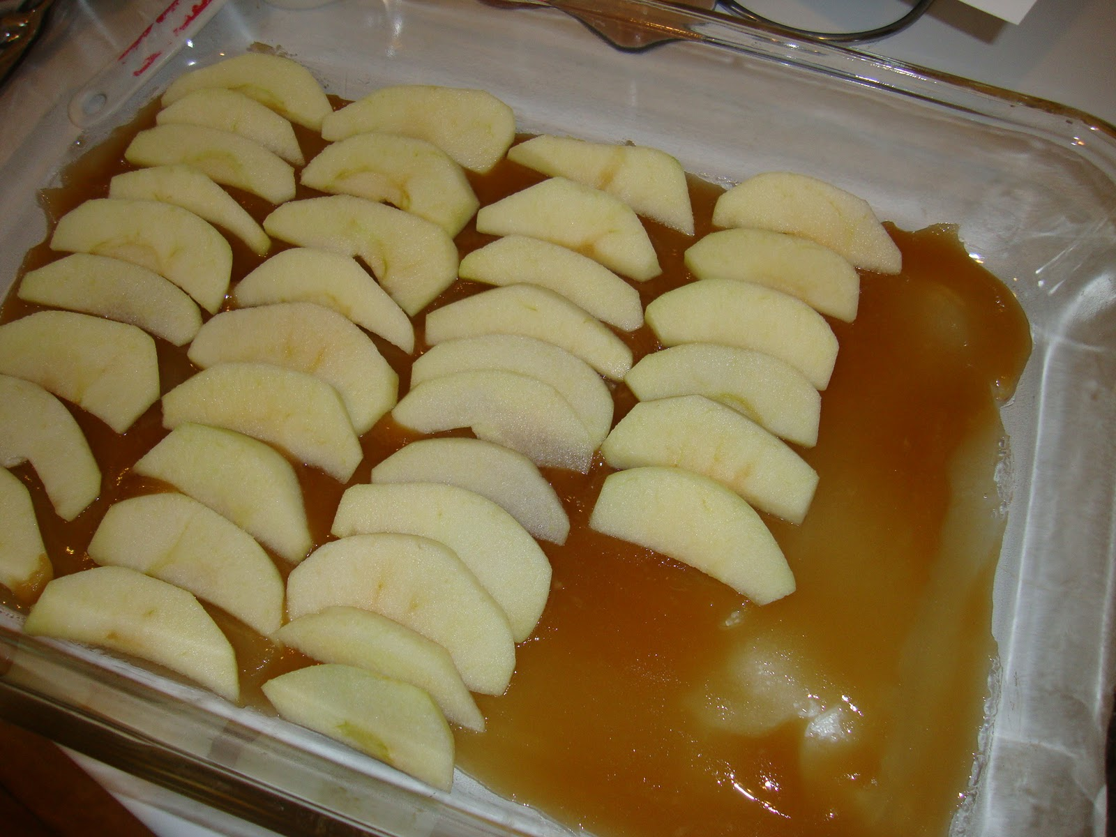 Prepare cake mix with water, oil (or applesauce), eggs and spices ...