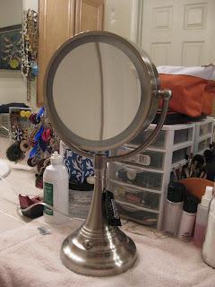 beauty talk with alexie rae lights camera bad makeup. Black Bedroom Furniture Sets. Home Design Ideas