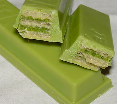 Macha Kit Kat Green Tea Milk