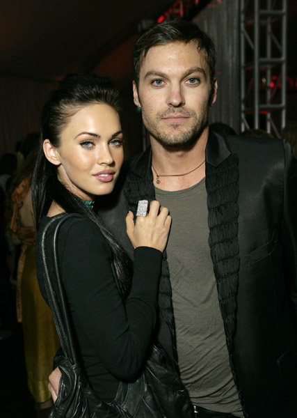 Megan Fox Engagement Ring Picture. Fox Brings Engagement Ring