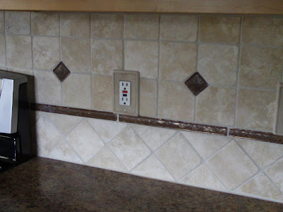 Tumbled Travertine Backsplash