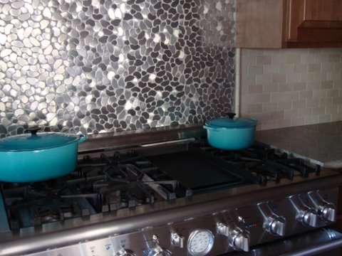 Backsplash picture ideas stainless steel mixed up mosaic Kitchen backsplash ideas stainless steel