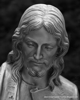 Black and White close up of the face of Jesus