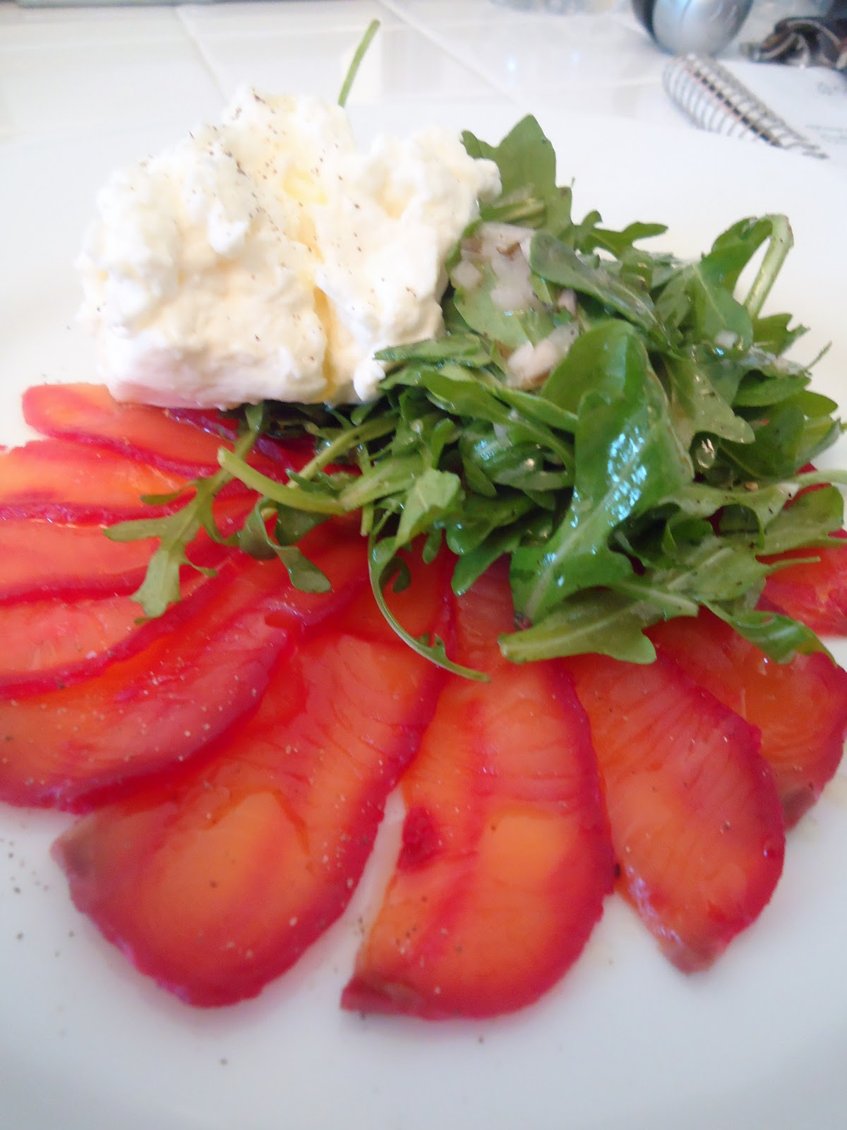 FIVE O'CLOCK FOOD: Beet Cured Salmon Gravlax with Wild Arugula Salad