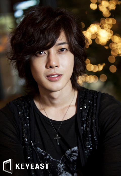 http://4.bp.blogspot.com/_-x7gqq9QJuA/TDayTLVjk1I/AAAAAAAALlI/JeA_cZvXepQ/s1600/kimhyunjoong_30.jpg