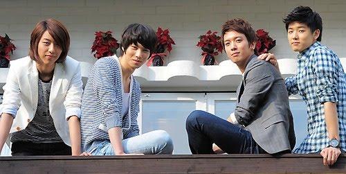 http://4.bp.blogspot.com/_-x7gqq9QJuA/TFjofyGGrmI/AAAAAAAAN6s/WleRiiy4KXI/s1600/1+koreabanget.jpg