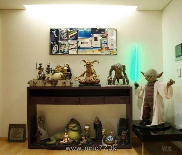 http://4.bp.blogspot.com/_-x7gqq9QJuA/TIBdhfOk-aI/AAAAAAAARd4/4H_1Pt_ZY3w/s1600/incredible_star_wars_collection_07.jpg