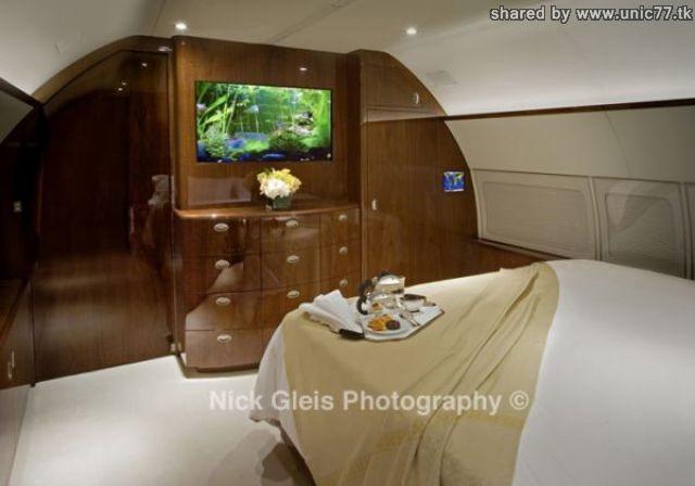 http://4.bp.blogspot.com/_-x7gqq9QJuA/TIHEoReTUwI/AAAAAAAASNo/lAUqNHF5u28/s1600/interiors_of_the_640_07.jpg