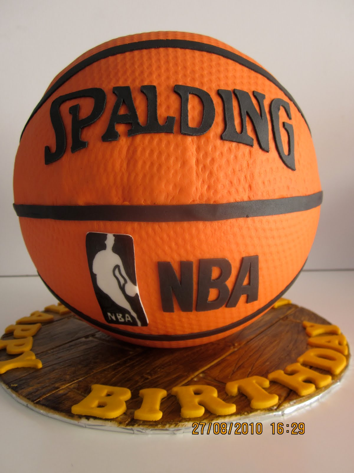 Cake Images Basketball : Celebrate with Cake!: Ribbon Cake with Ribbon Cupcakes and ...