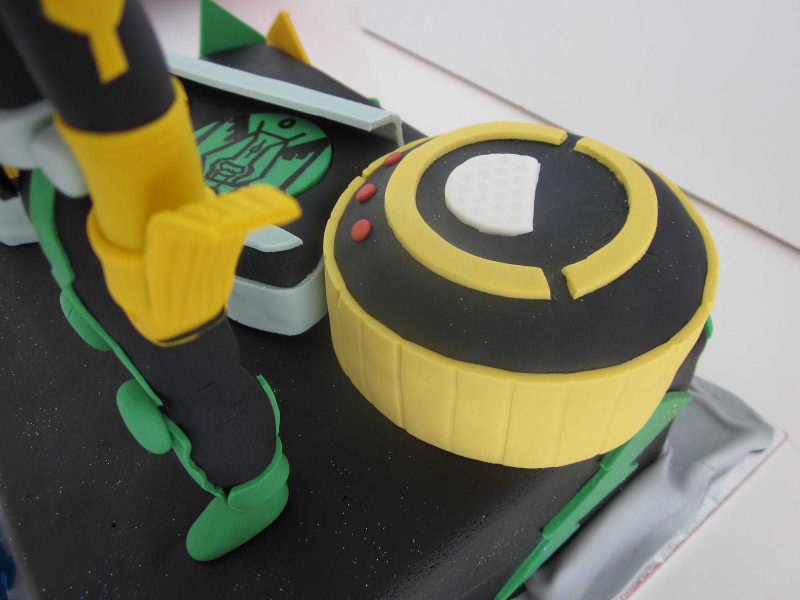 Celebrate with Cake!: Kamen Rider Cake