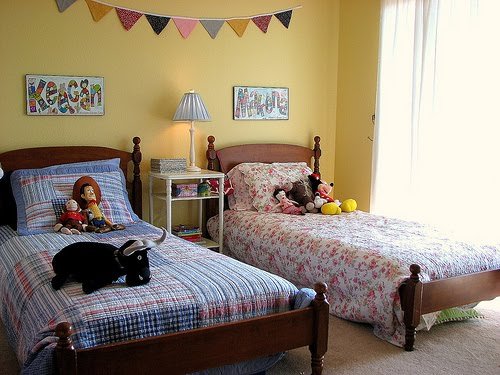 Little lovables vintage linen springtime nursery for Childrens bedroom ideas boy girl sharing