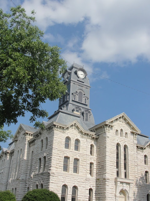 granbury town square court house