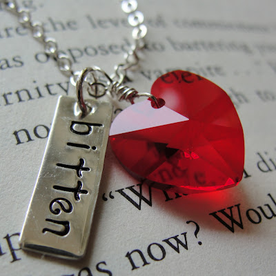 bitten bite me edward vampire edward cullen bella twilight new moon breaking dawn movie necklace jewelry heart crystal red sterling charm