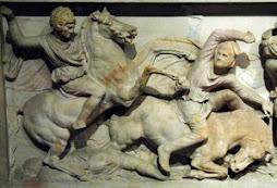 El denominado «Sarcófago de Alejandro Magno» (Museo Arqueológico de Estambul).