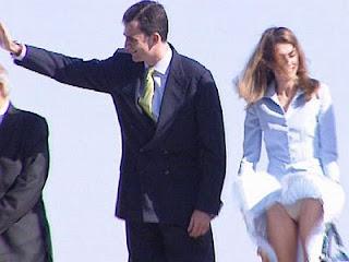 ... CEWEK: Kumpulan Foto Ngintip Celana Dalam Cewek Cantik dan Seksi