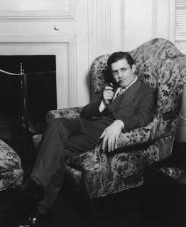 Selznick relajado