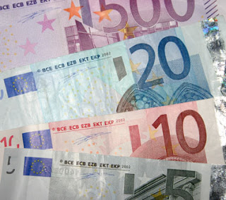 Foreign exchange: Should I buy my euros now?