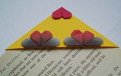 origami corner bookmark mini hearts