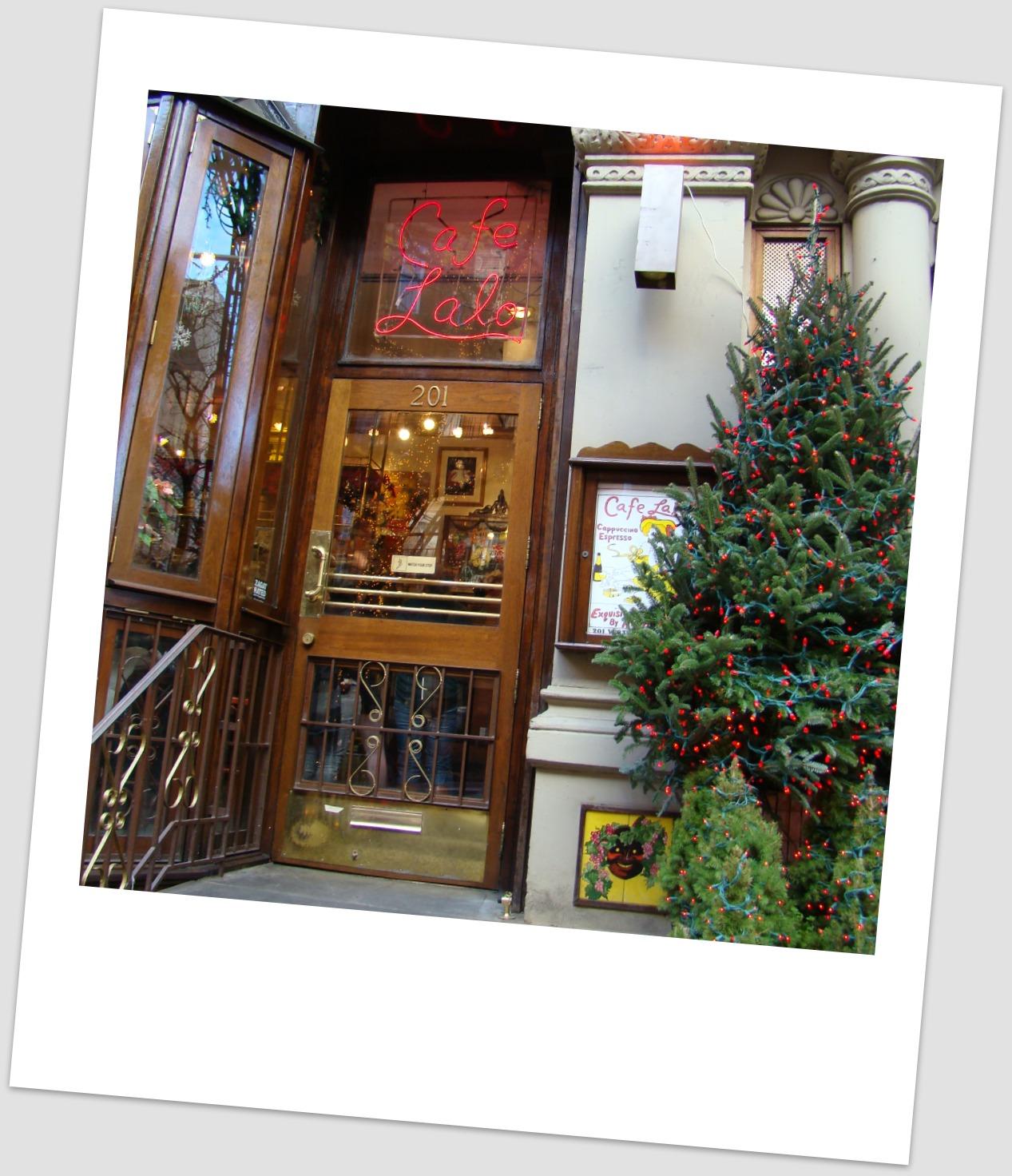 http://4.bp.blogspot.com/_02rfmKdeUW4/TQX7y3gboUI/AAAAAAAAAbs/35fkPyQlCoQ/s1600/CAFE+LALO+POLAROID.jpg