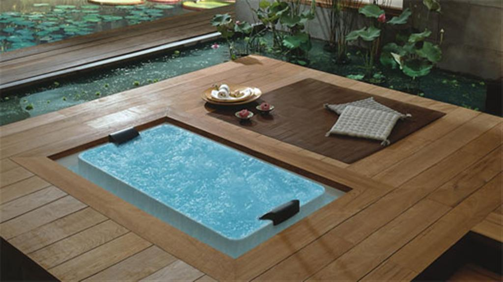 Bathroom Design Modernand Luxurious Elegant Jacuzi And Bathtub
