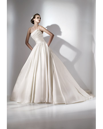 a wedding dress Here is a couple of pictures I found from Elie Saab