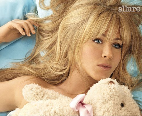 jennifer aniston photoshop. Jennifer Aniston in Allure