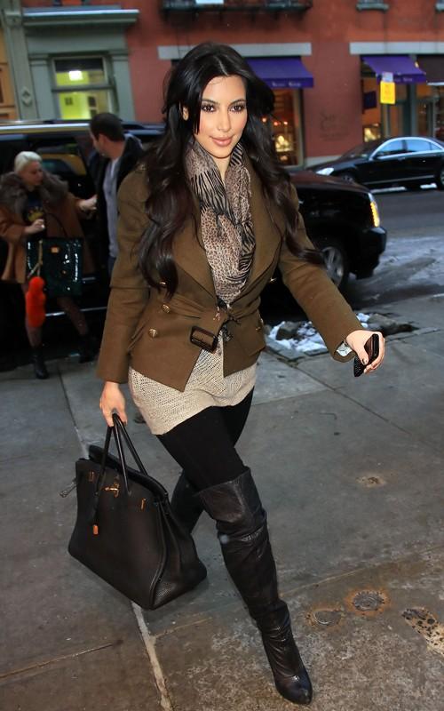 fashion beauty glamour kim kardashian at dash new york