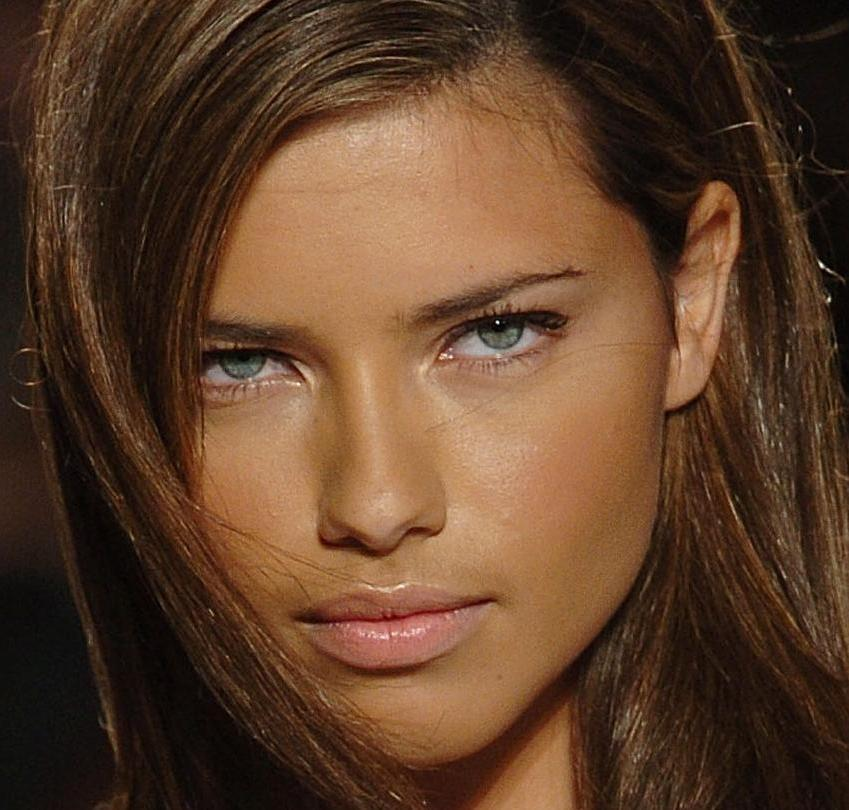 adriana lima with no makeup. adrianna lima makeup.