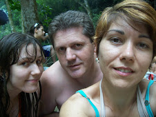 Família, família, Vive junto todo dia  ♪