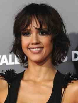 Jessica Alba Romance Hairstyles Pictures, Long Hairstyle 2013, Hairstyle 2013, New Long Hairstyle 2013, Celebrity Long Romance Hairstyles 2101