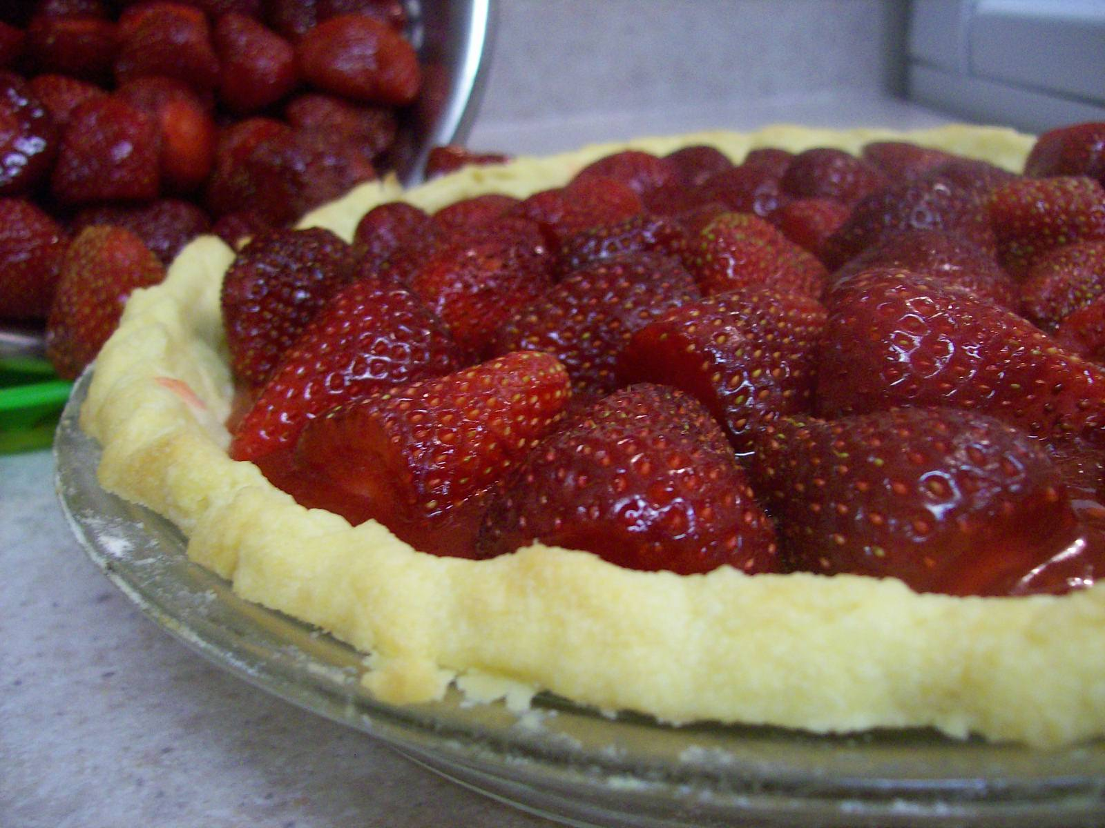 how to make strawberry pie from scratch